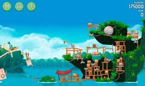 Angry Birds Rio 1